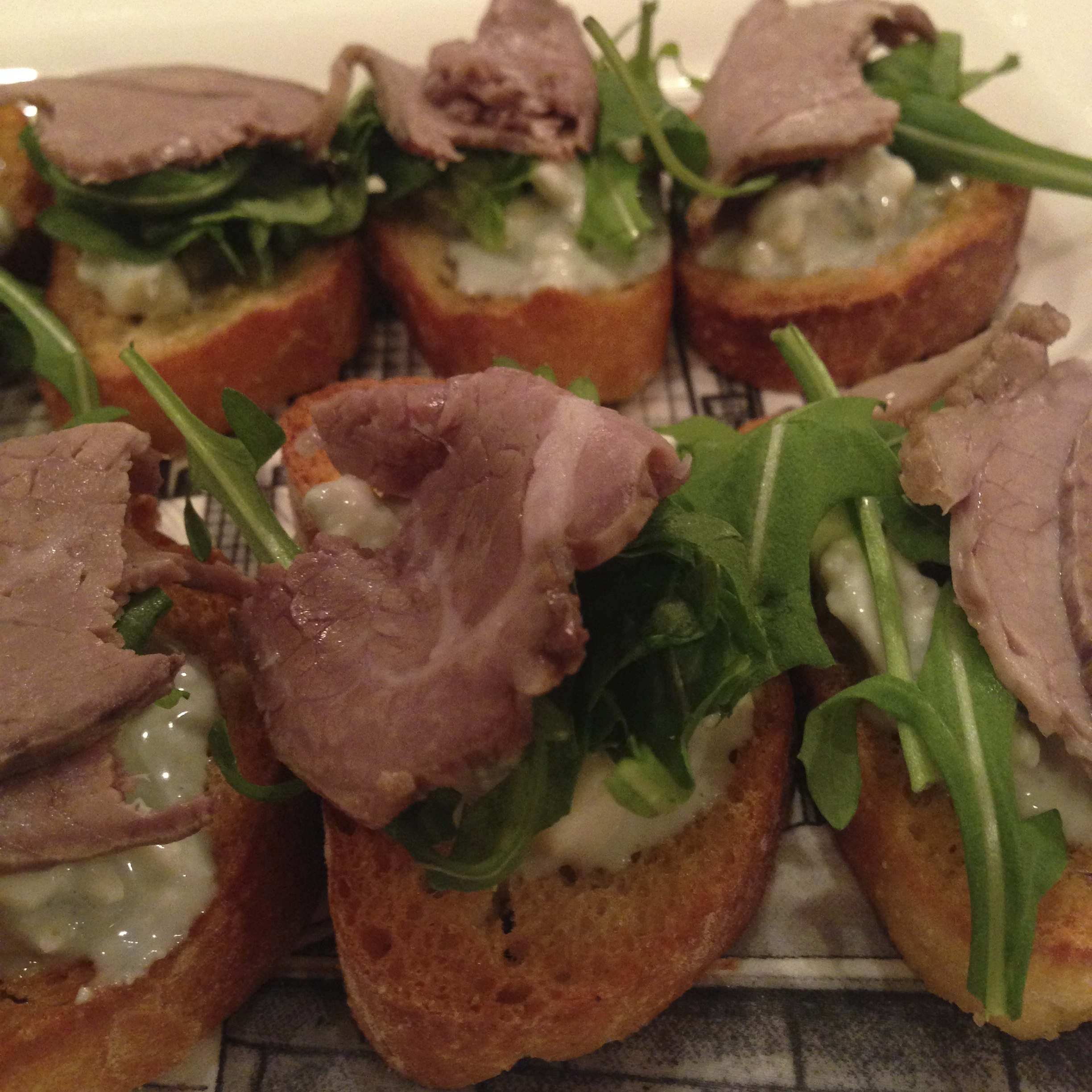 Roast Beef and Blue Cheese Crostini