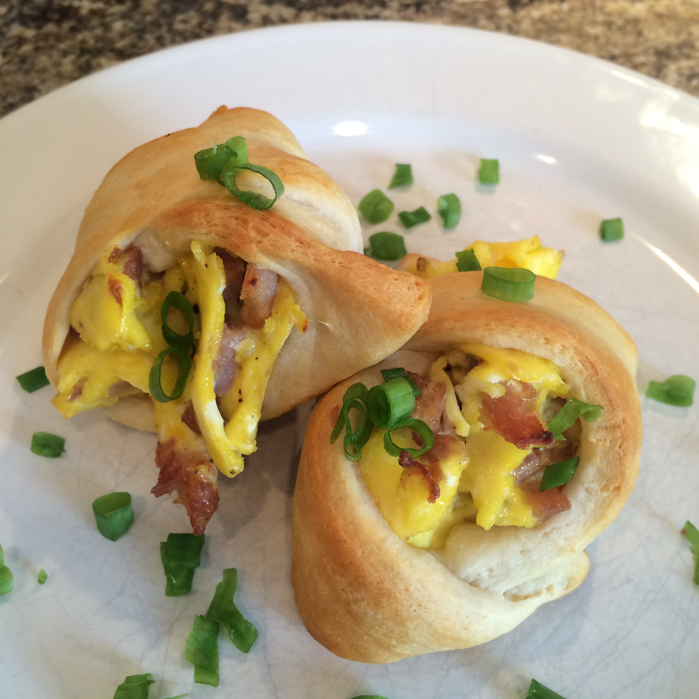 Bacon and Egg Crescent Rolls